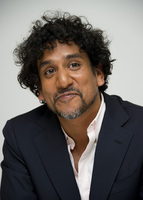 Naveen Andrews picture G336107