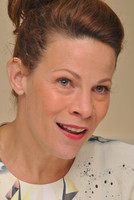 Lili Taylor picture G685401