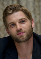 Mike Vogel picture G686059