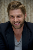 Mike Vogel picture G686061
