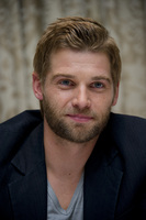 Mike Vogel picture G686063