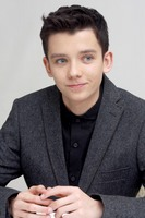 Asa Butterfield picture G687162
