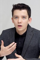 Asa Butterfield picture G687164
