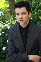 Asa Butterfield picture G687172