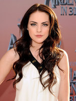 Elizabeth Gillies picture G687665