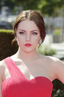 Elizabeth Gillies picture G687666