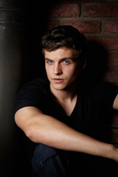 Daniel Sharman picture G688197