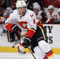 Joe Colborne picture G696614