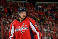 Jay Beagle picture G697083