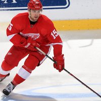 Riley Sheahan picture G697475