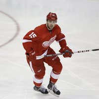 Riley Sheahan picture G697478