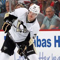 Zach Sill picture G698445
