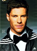 Xabi Alonso picture G699016