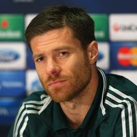 Xabi Alonso picture G699019