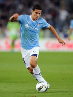 Hernanes picture G699815
