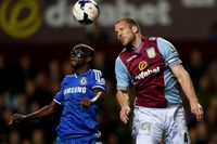 Ron Vlaar picture G700824