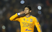 Alan Pulido picture G701229