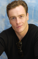 Toby Stephens picture G701610