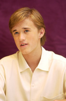 Haley Joel Osment picture G704973