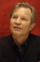 Michael York picture G706590