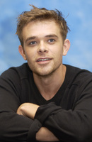 Nick Stahl picture G706782