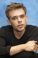 Nick Stahl picture G706783