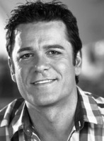 Yannick Bisson picture G707579