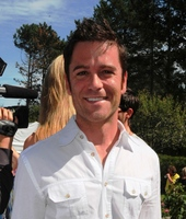 Yannick Bisson picture G707580