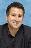 Anthony Lapaglia picture G708536