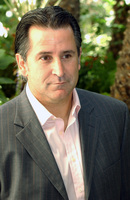 Anthony Lapaglia picture G708545