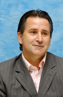 Anthony Lapaglia picture G708547
