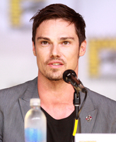 Jay Ryan picture G711717