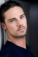 Jay Ryan picture G711724