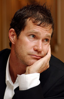 Dylan Walsh picture G712373