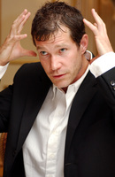 Dylan Walsh picture G712374