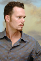 Kevin Dillon picture G712818