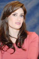 Idina Menzel picture G714288