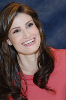 Idina Menzel picture G714296