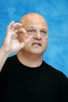 Michael Chiklis picture G714306