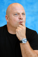 Michael Chiklis picture G714311