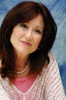 Mary McDonnell picture G714589