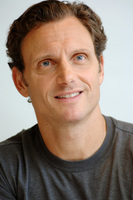 Tony Goldwyn picture G717195
