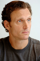 Tony Goldwyn picture G717197