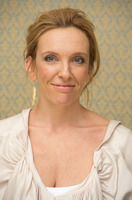 Toni Collette picture G718820