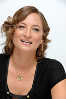 Zoe Bell picture G720338