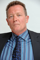 Robert Patrick picture G720994