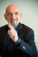 Ben Kingsley picture G721339