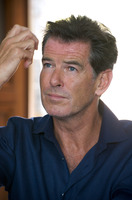 Pierce Brosnan picture G721434