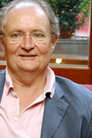 Jim Broadbent picture G721773