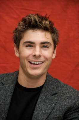 Zac Efron poster G721933
